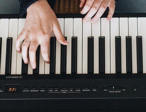 Comment travailler l'indépendance des mains au piano ?