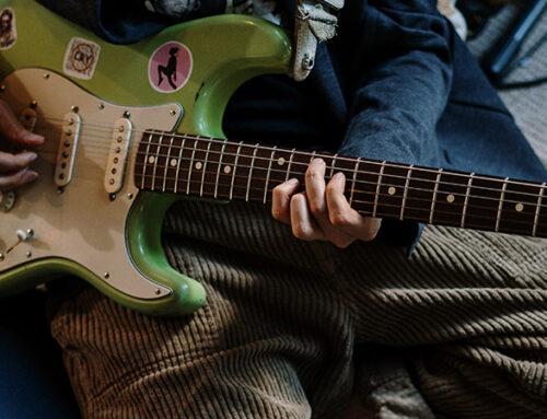 Comment gagner en fluidité à la guitare ?